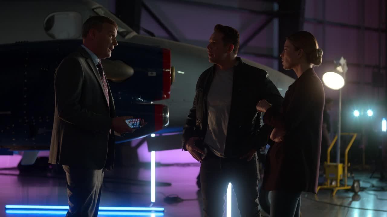 Lucifer S04E04 CZ titulky HD