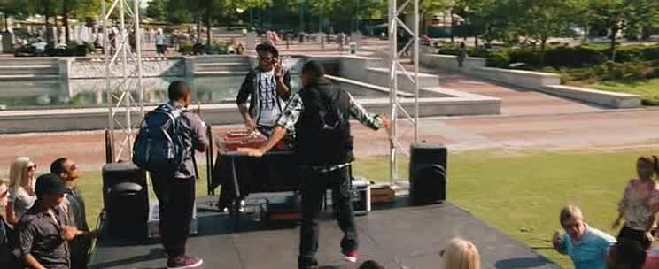 Agent v sukni 3  2011 DVD CZ