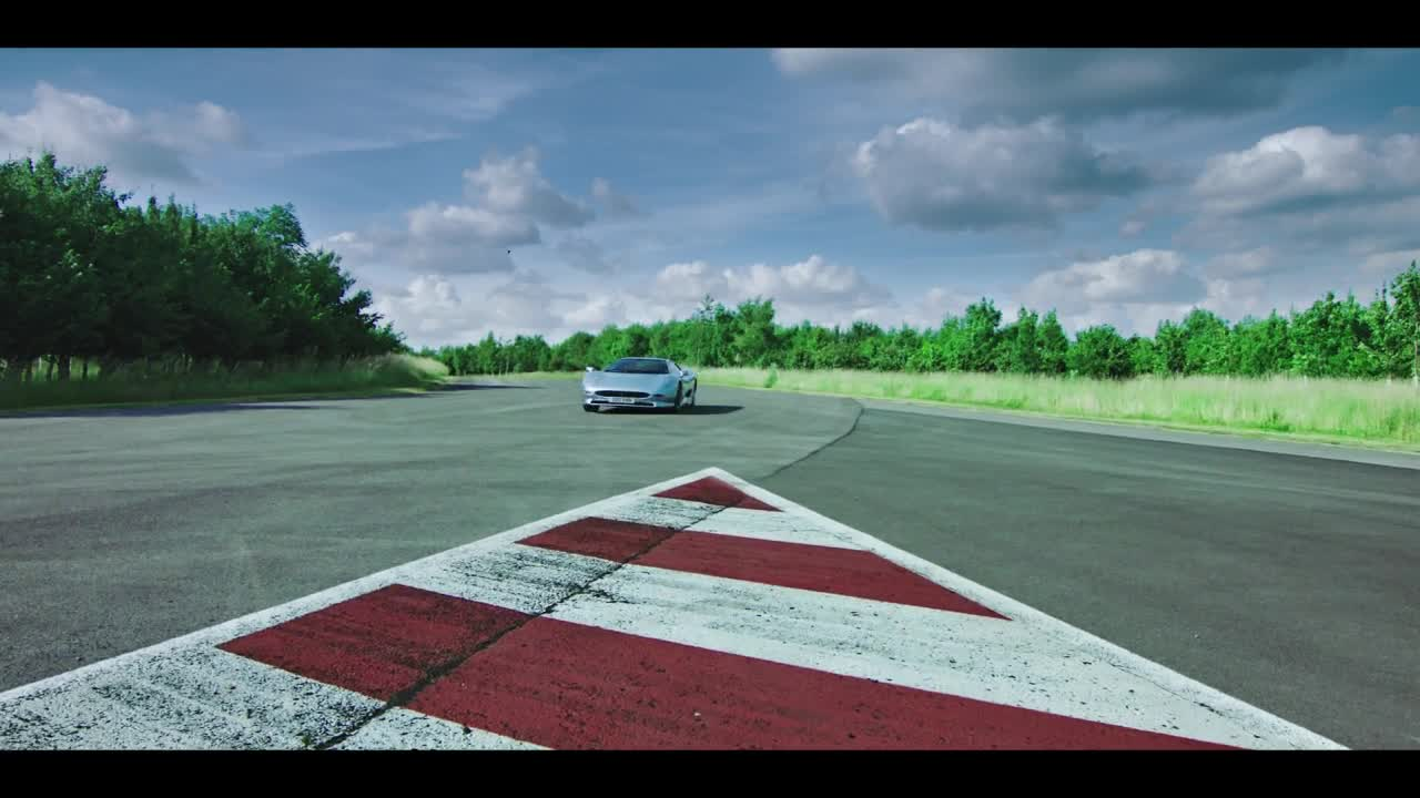 The Grand Tour S02E09 Breaking  Badly titulky CZ 720p