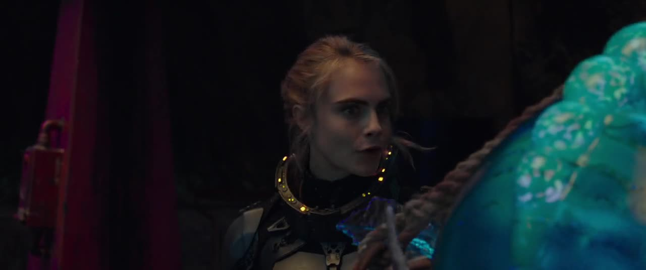 Valerian and the City of a Thousand Planets 2017 720p CZ titulky