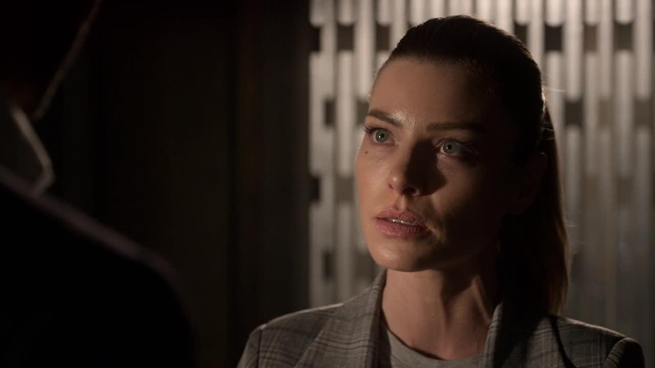 Lucifer S05E03 CZ titulky HD