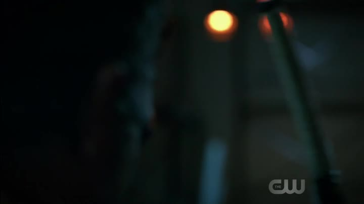 Arrow S06E06 CZ titulky