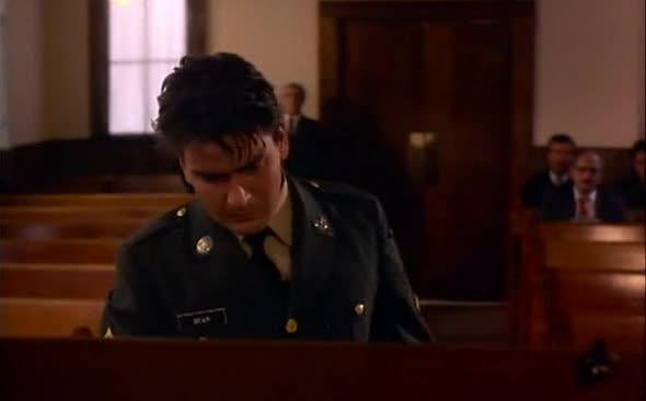Rychlopalba 1990 cz dabing csfd 59 drama z afroamerickych kasarni  Charlie Sheen