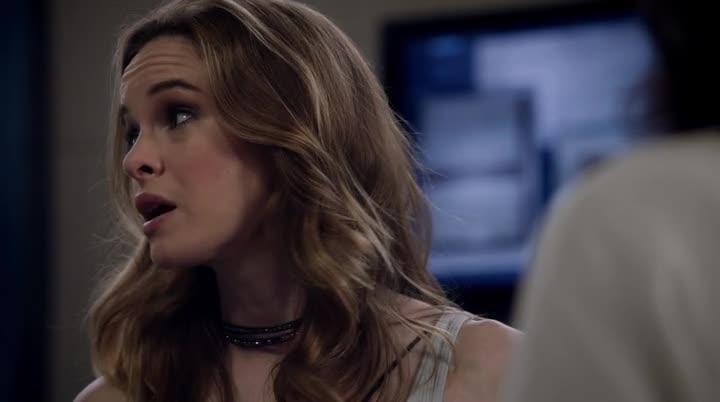 The Flash S04E01 CZ titulky