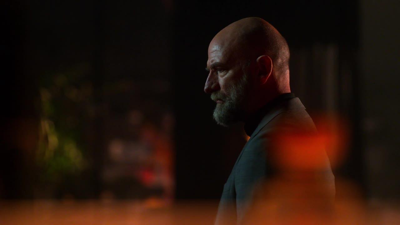 Lucifer S04E03 CZ titulky HD