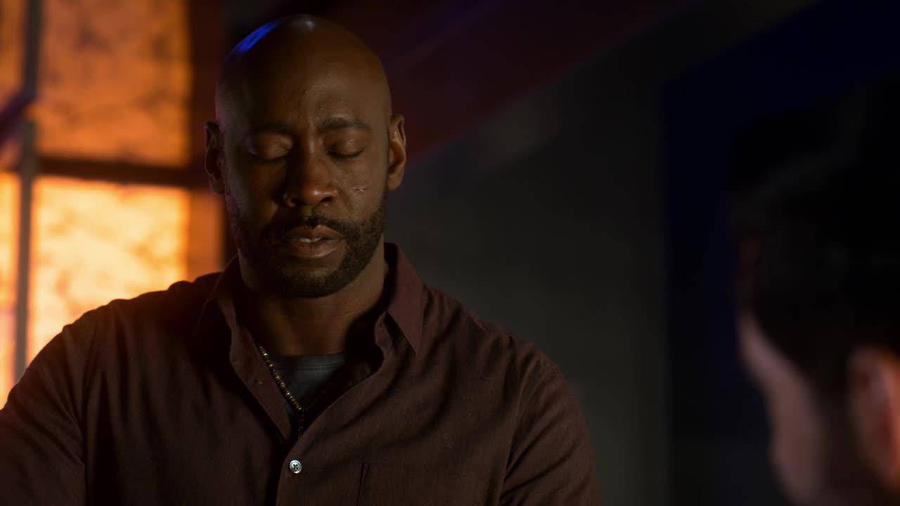 Lucifer S04E08 CZ titulky HD